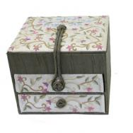 Embroidered Bat Mitzvah Jewelry Box - Flowers BE-2