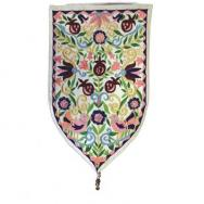 Large Shield Tapestry - Oriental - White WSB-5W